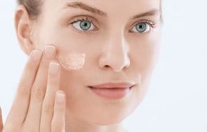 Use mattifying cream daily in the morning and/or in the evening